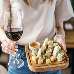 Дегустация вина и сыра для двоих