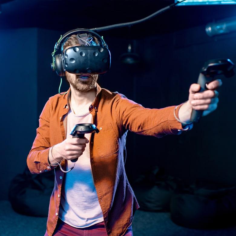 Погружение в мир VR-игр