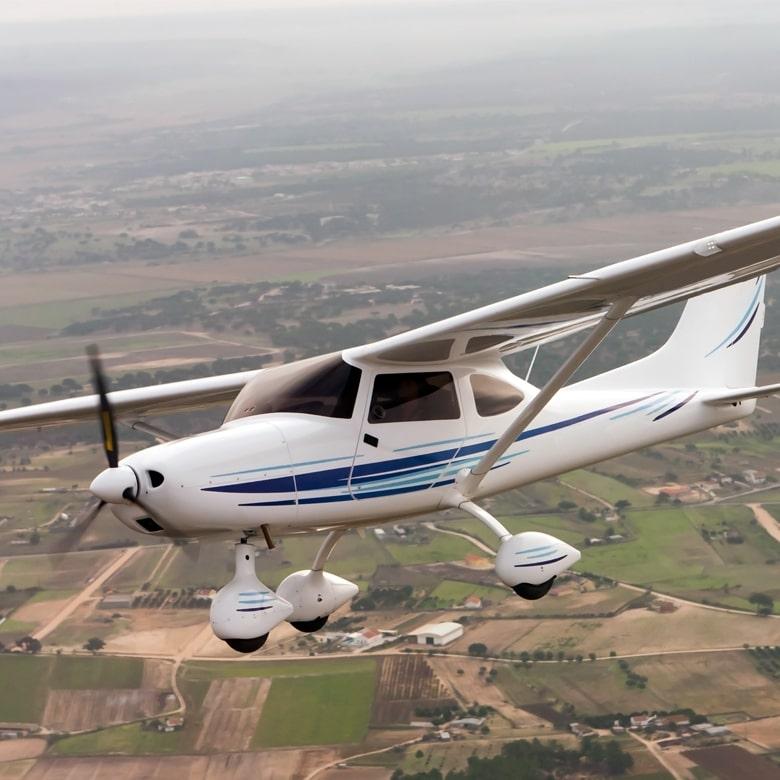 Полет на самолете Cessna 172 для двоих 30-минут