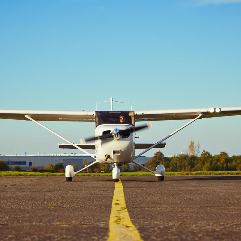 Полет на самолете Cessna 172 для двоих над Киевом 60-минут